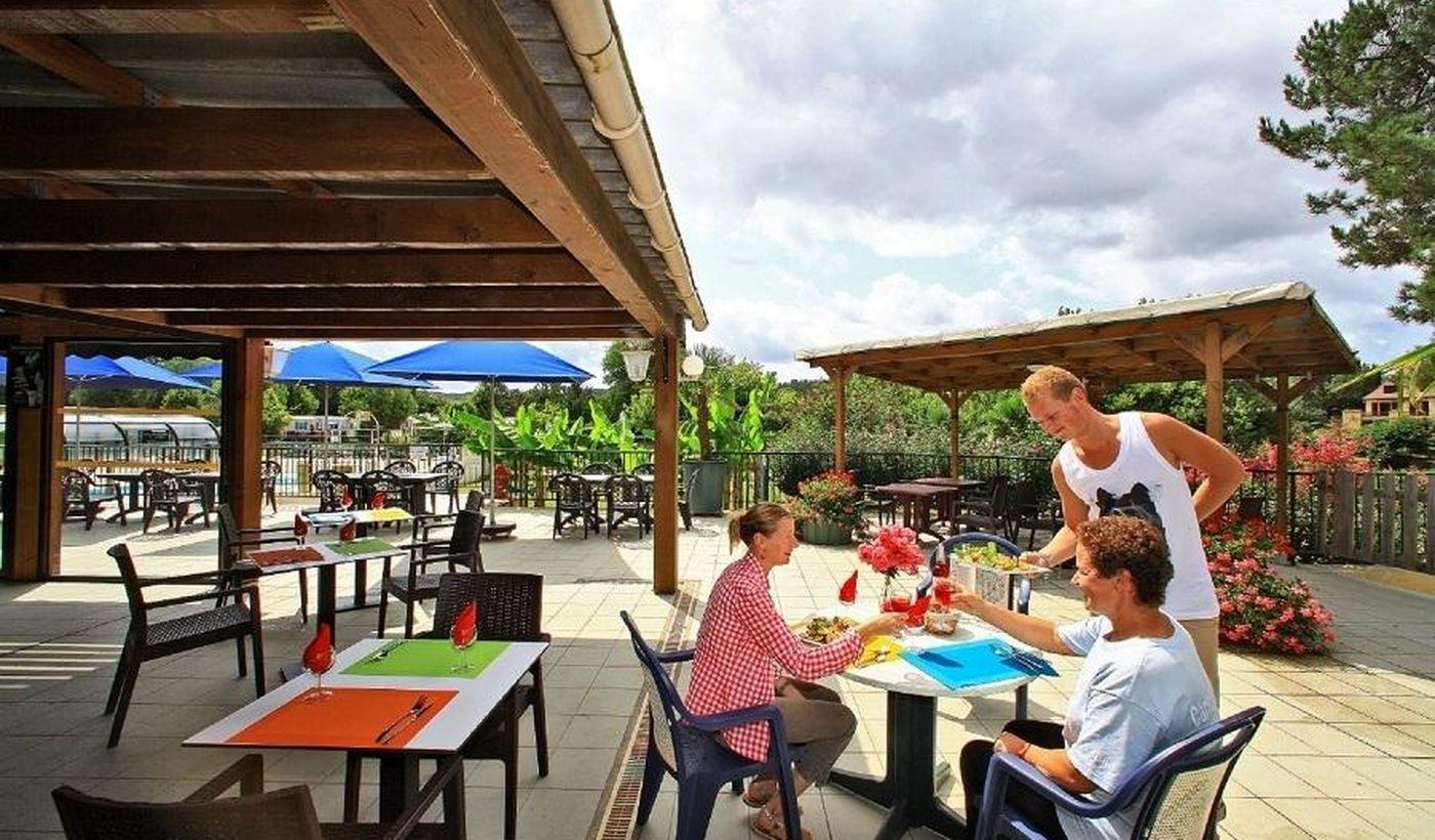 Snack Bar / restaurant du Camping Les Trois Caupain