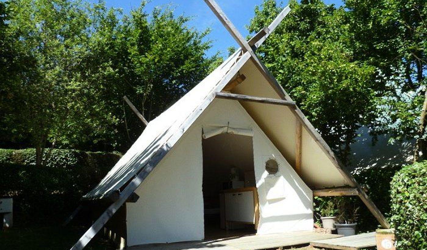 Tente trappeur Cosy - Camping le Pré Fixe