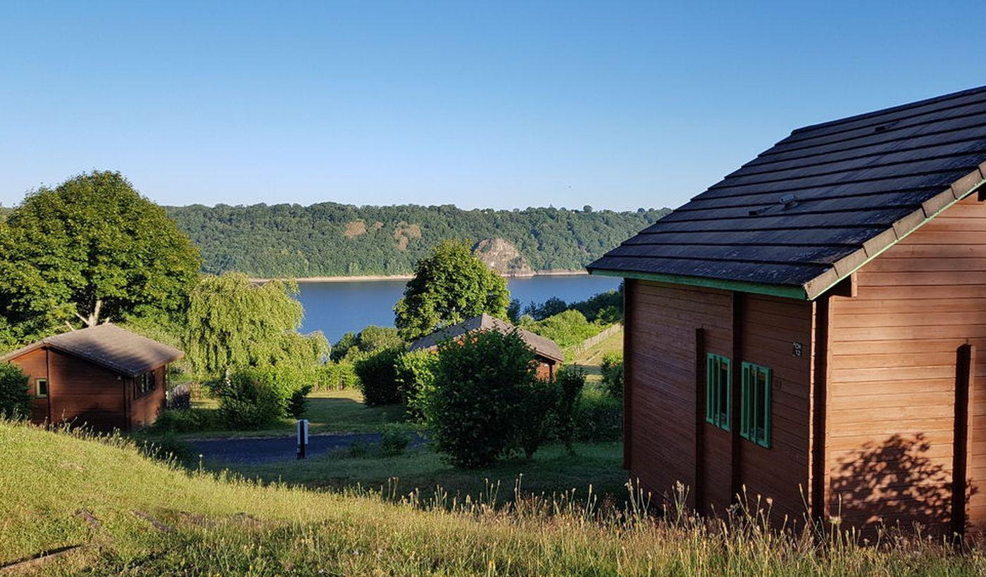 Location de chalet - Camping le Lac de la Siauve