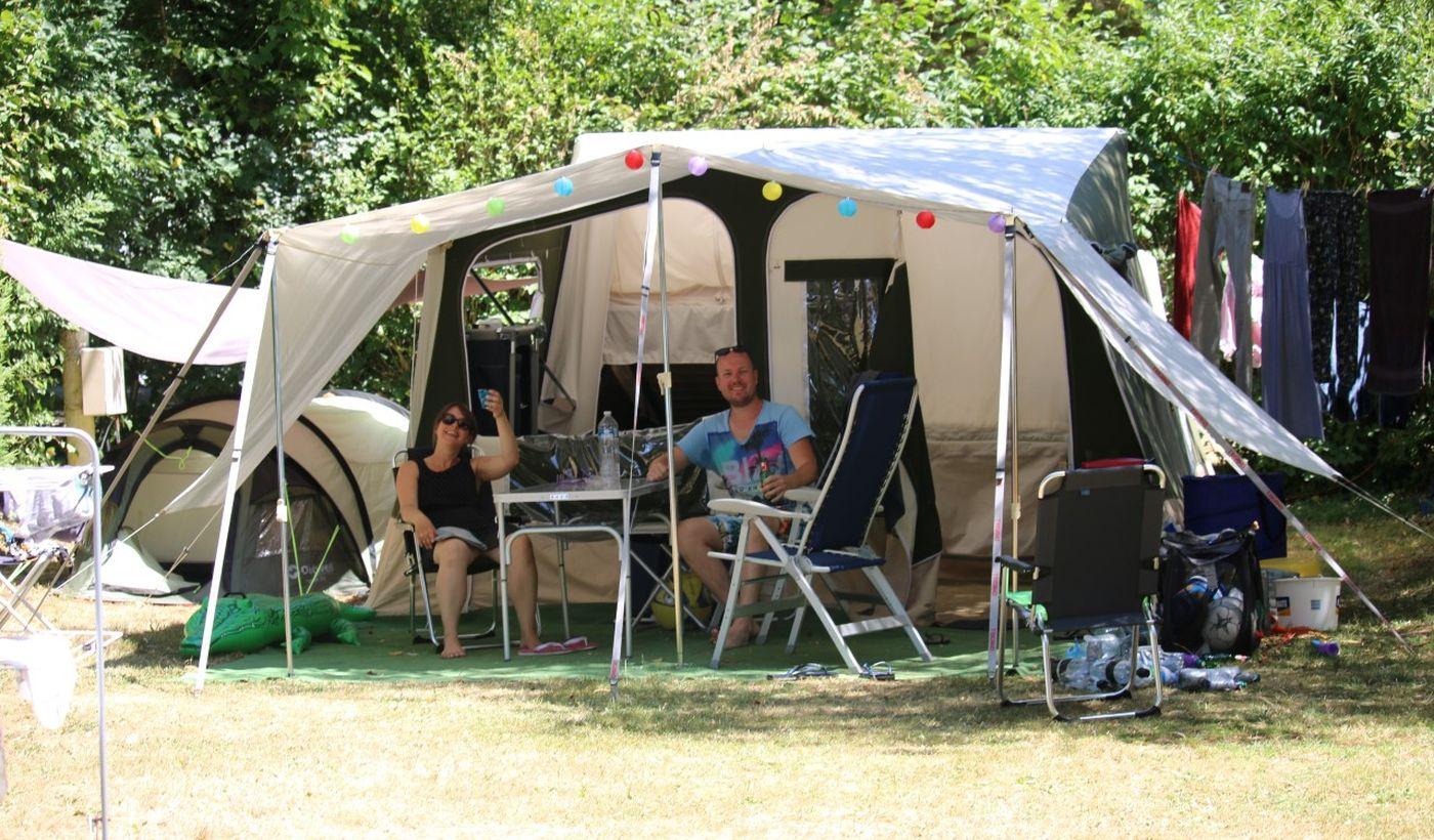 Les emplacements du camping Moulin de Chaules