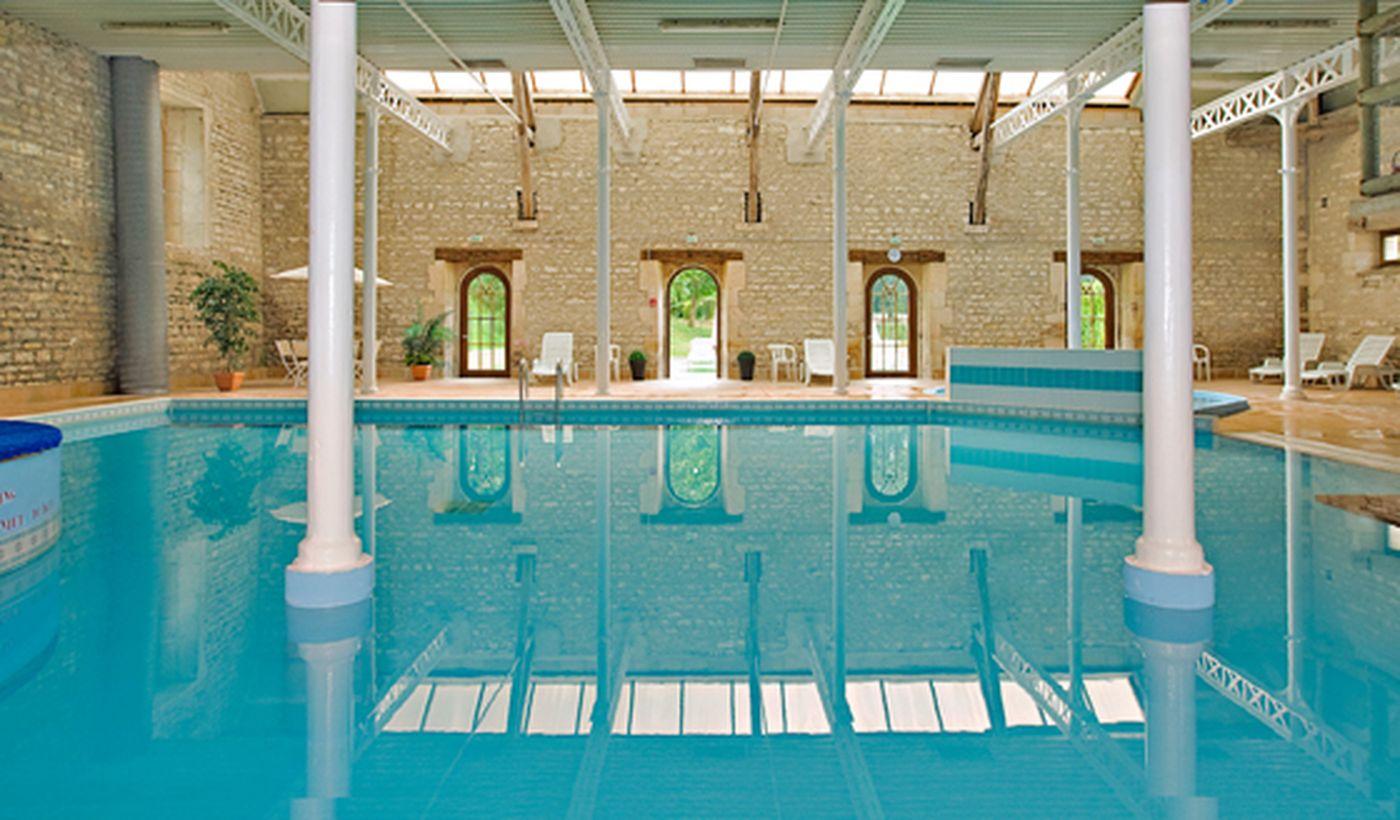La piscine du Castel La Forge de Sainte Marie