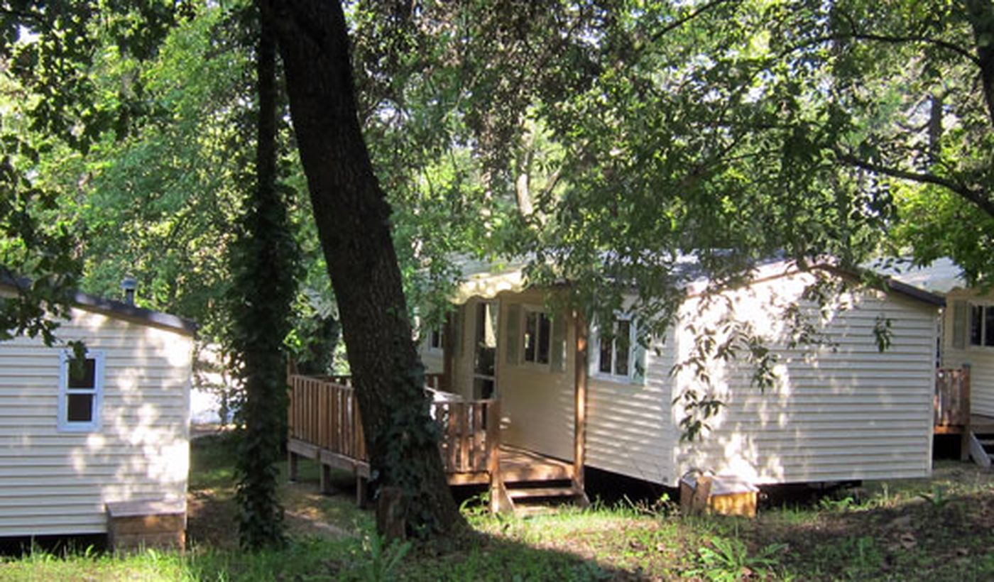 Camping La Pinède en Provence