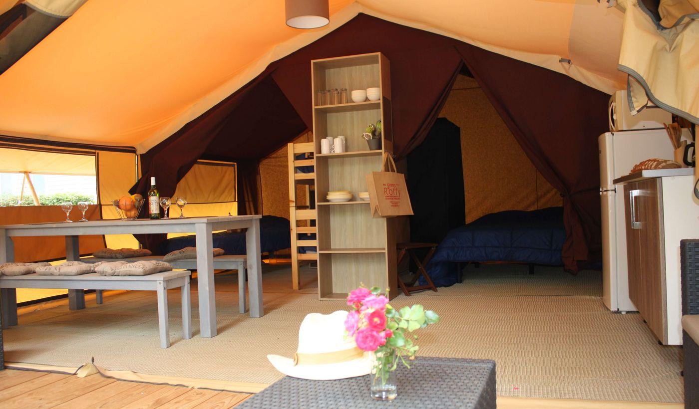Camping Les Grottes de Roffy