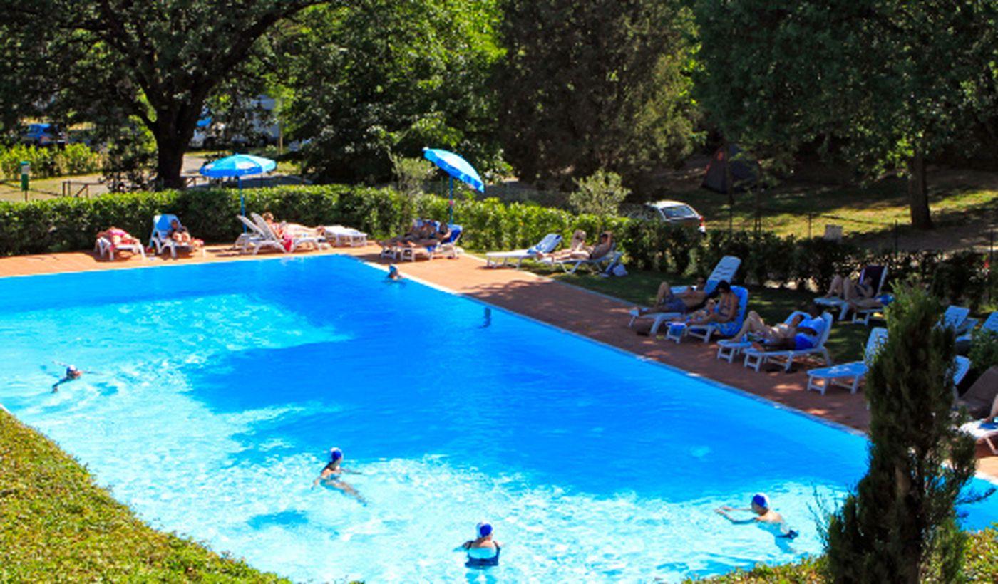 Der Pool des Campings
