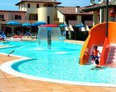 Residence Village mit Pool