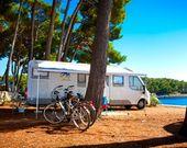 Camping in der Bucht von Cikat
