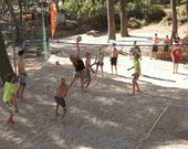 Beach Volley im Campingplatz