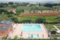 Camping with swimming pool in Tuscany