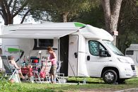 Camping mit Camper Stop-Bereich in Assisi, Perugia