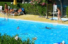 Camping Village mit Pool in Fermo