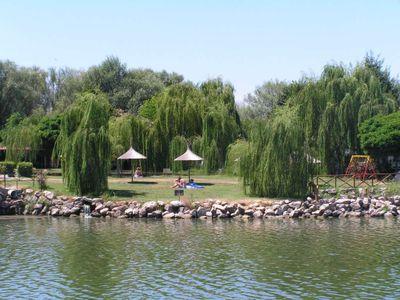Villaggio sul Lago Trasimeno