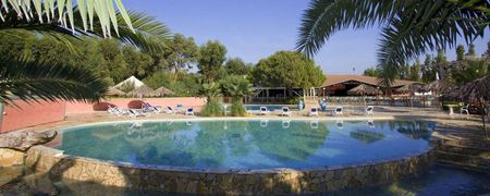 Campings corse avec animation camping villages corse avec for Camping avec piscine corse du sud