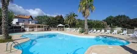 Campeggi bonifacio corsica cerca camping villaggi - Villaggi in montagna con piscina ...