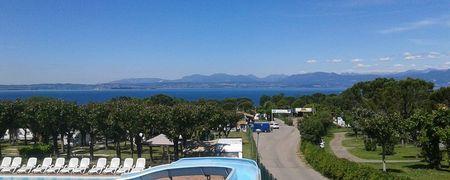 Campeggi lago di garda cerca camping e villaggi sul lago - Campeggi con piscina lago di garda ...