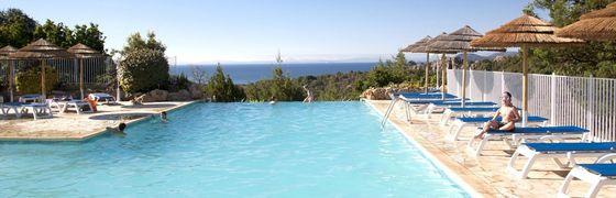 Camping Village met zwembad in Corsica