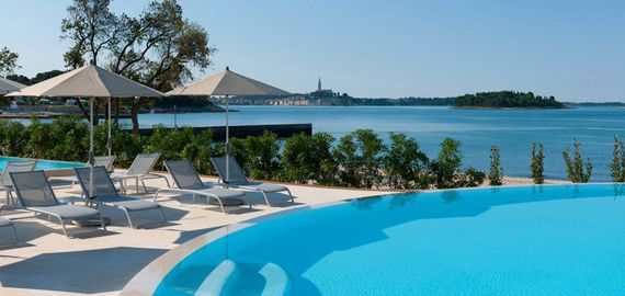 Campingplatz mit Pool in Kroatien
