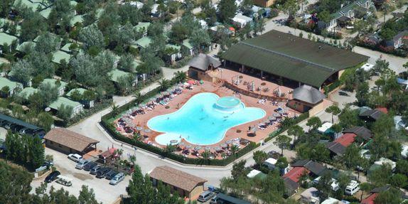 Campingplatz mit Schwimmbad in Marina di Bibbona
