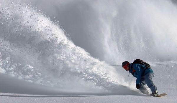 scopri i villaggi e campeggi dove praticare snowboarde