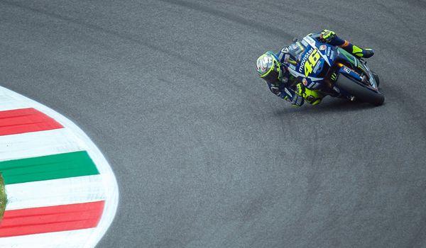 Rossi sul circuito del Mugello per il Gran Premio della MotoGP.