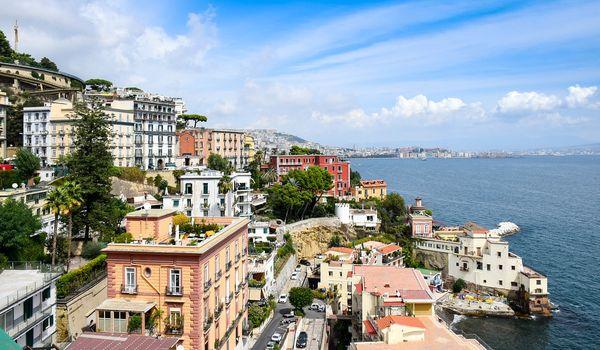 Scorcio di Napoli in primavera