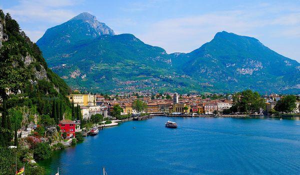Veduta di Riva del Garda