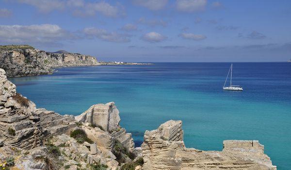 Spiaggia di Favignana in Sicilia