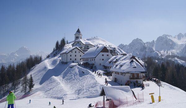 Scorcio di Tarvisio sotto la neve