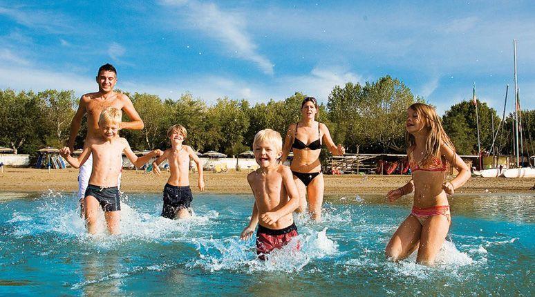 Happy Camp - Family Holidays