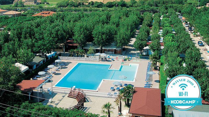 Die 10 Italienische Campingplätze und Feriendörfer mit besseren Wi-Fi von 2019: Gewinner ist der Camping Centro Vacanze Verde Luna von Fano (PU), in den Ma