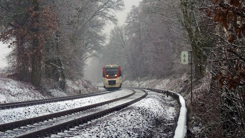 Vigezzina-Centovalli: percorso ferroviario dalla Val d'Ossola al Canton Ticino