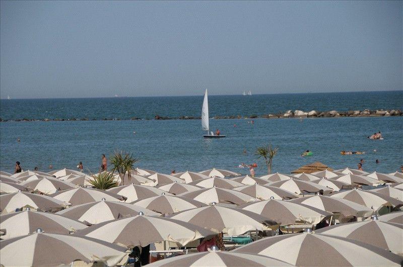 La spiaggia a Punta Marina Terme
