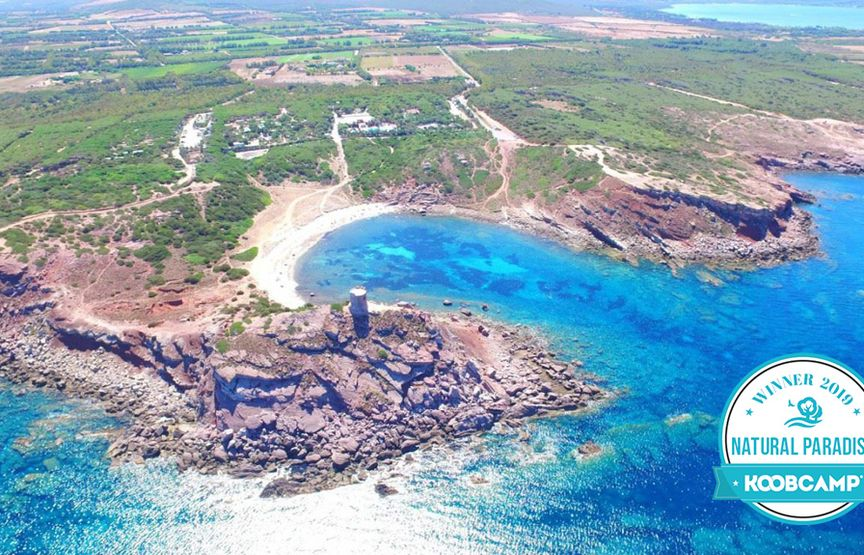 "Les 10 meilleures Campings et Villages ""Natural Paradise"" du 2019: le Campeggio Villaggio Torre del Porticciolo - Alghero (SS) en Sardaigne gagne"